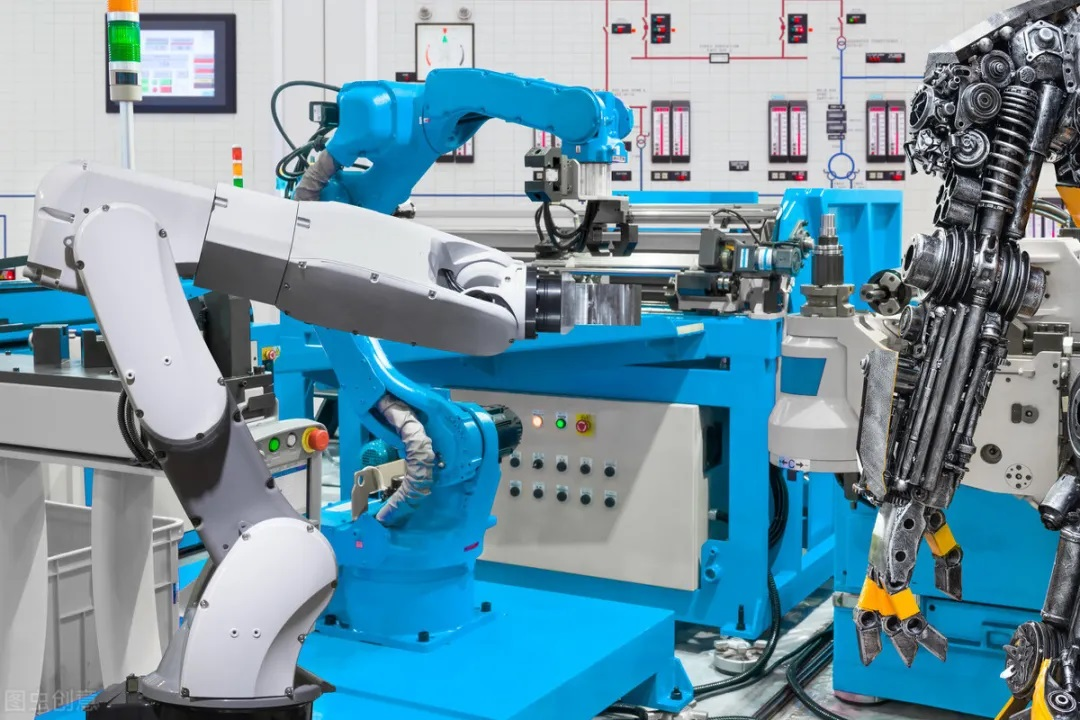 工业机器人10